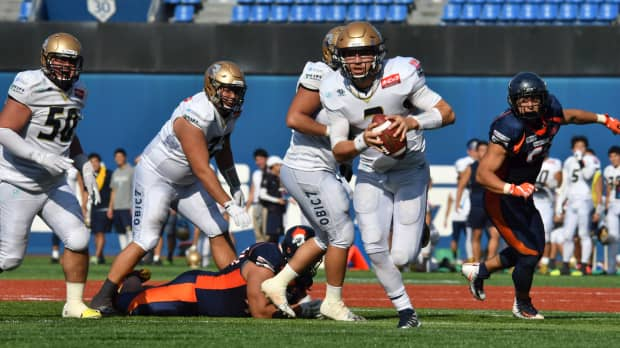 Rookie QB Skyler Howard guides Obic past Nojima Sagamihara in X League playoff quarterfinals