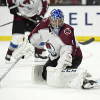 Avalanche crush Kings as Semyon Varlamov earns 200th career victory