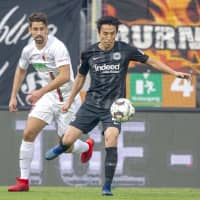 Former Samurai Blue captain Makoto Hasebe was named the AFC's top Asian International Player on Wednesday. | KYODO