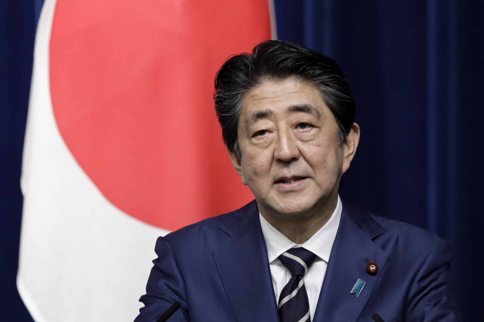 Prime Minister Shinzo Abe's Cabinet on Friday approved a draft budget for fiscal 2019 that topped ¥100 trillion for the first time. | BLOOMBERG