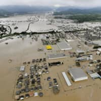 Flooding estimates by local governments corresponded closely with the actual damage caused by torrential rain in the Mabicho district of Kurashiki, in Okayama Prefecture, in July. | KYODO