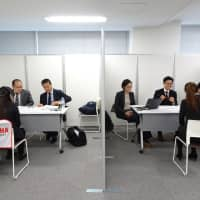 Foreign talent eager to work for Japanese firms, but staid office culture a hindrance