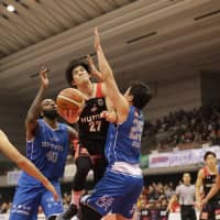 Naoya Kumagae's shooting touch pivotal for Evessa in victory over Lakestars