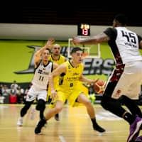 Point guard Leo Vendrame is an offensive catalyst for the Sunrockers. He had a total of 20 assists in last weekend's two-game sweep of the NeoPhoenix.   B. LEAGUE