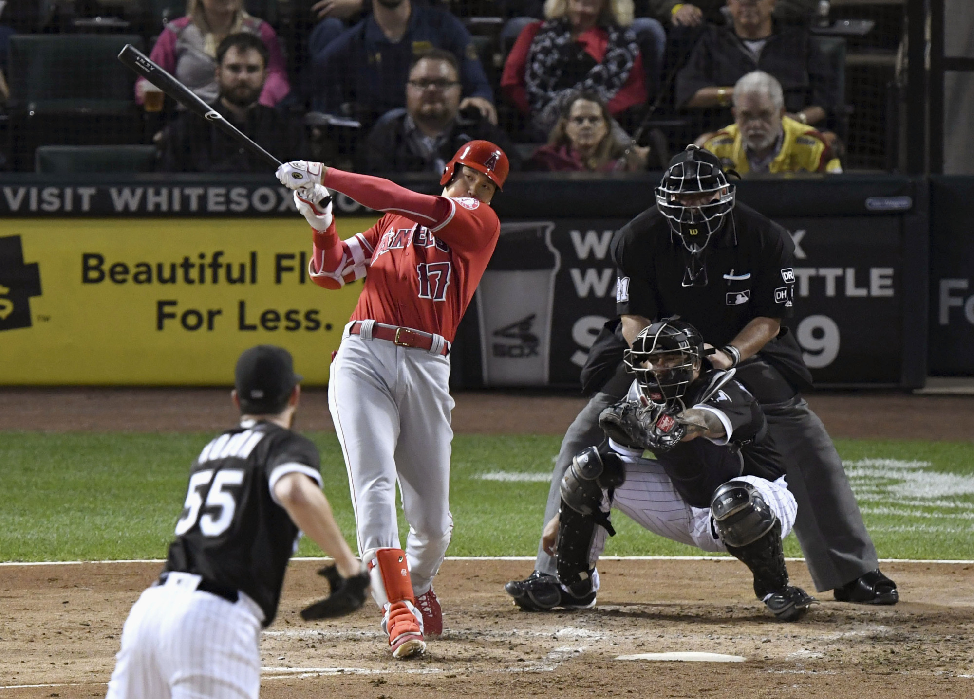 The Angels' Shohei Ohtani blasted 22 home runs and went 4-2 in 10 games as a starting pitcher in his first season in the major leagues. | KYODO