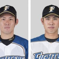 Fighters, Swallows authorize four-player trade
