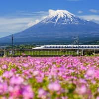 Japan seeks to export its shinkansen technology, which is known for its safety and stability. | GETTY IMAGES