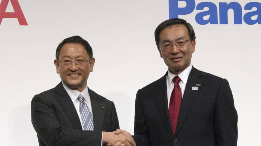 Toyota and Panasonic to launch joint venture to make electric vehicle batteries by end of 2020