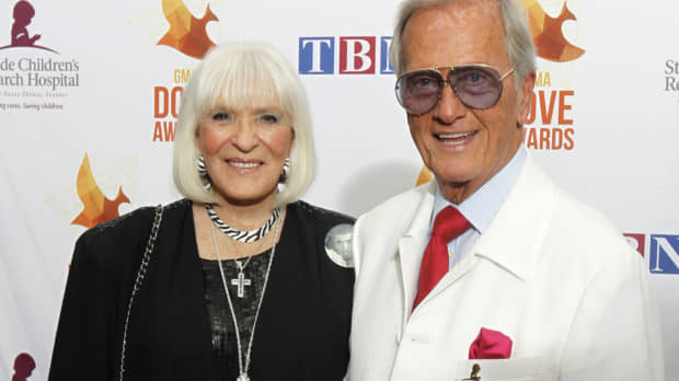 Shirley Boone, wife of crooner Pat Boone and philanthropist, dies at 84