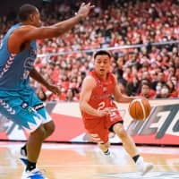 Versatility and consistency have been staples of the Chiba Jets Funabashi's strong start this season, including the play of point guard Yuki Togashi. | B. LEAGUE
