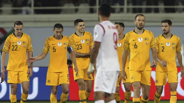 Socceroos beat Syria to line up potential Round of 16 meeting with Japan