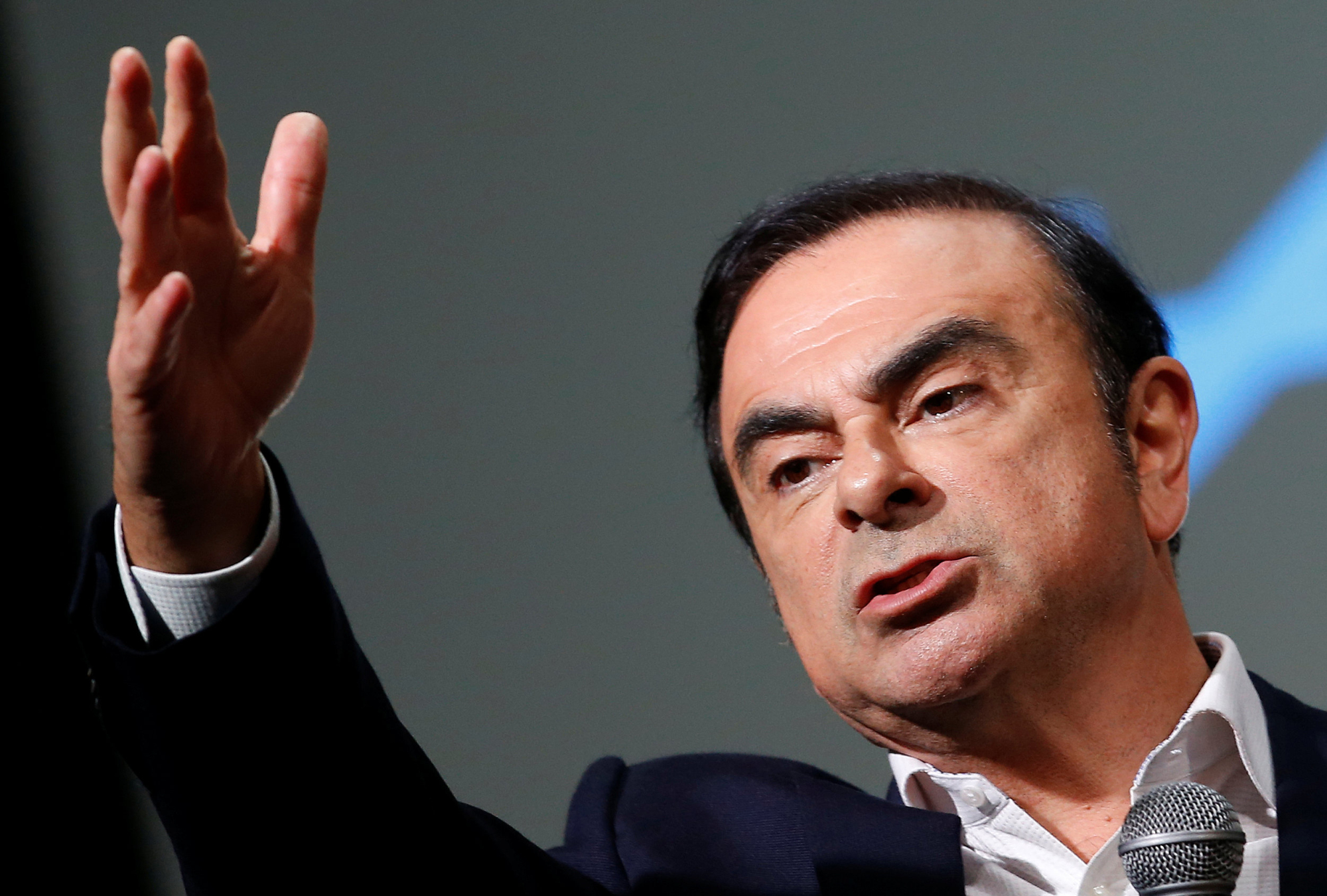 Numerous management experts say the Carlos Ghosn case is having a chilling effect on Japanese firms' recruiting efforts. | REUTERS