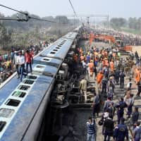 Seven passengers killed when express train derails in eastern India