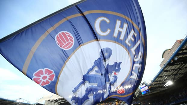 FIFA bans Chelsea from signing players in two transfer windows