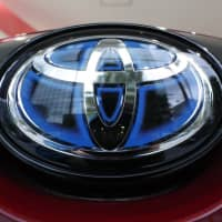 Toyota eyes supplying hybrids to Suzuki in broader tie-up