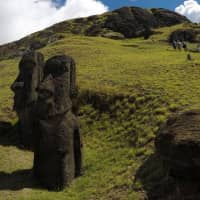 Easter Islanders seek outside help for iconic statues' 'leprosy'