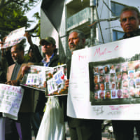 Tokyo residents mourn victims of New Zealand mosque shootings
