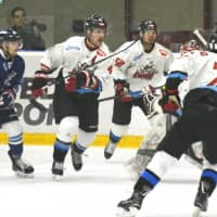 Nippon Paper Cranes eliminated in overtime in Game 3 of Asia League Ice Hockey final