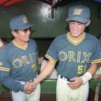 Akira Ogi (left) made Ichiro a regular in 1994 after taking over as the Orix BlueWave manager that year. | KYODO