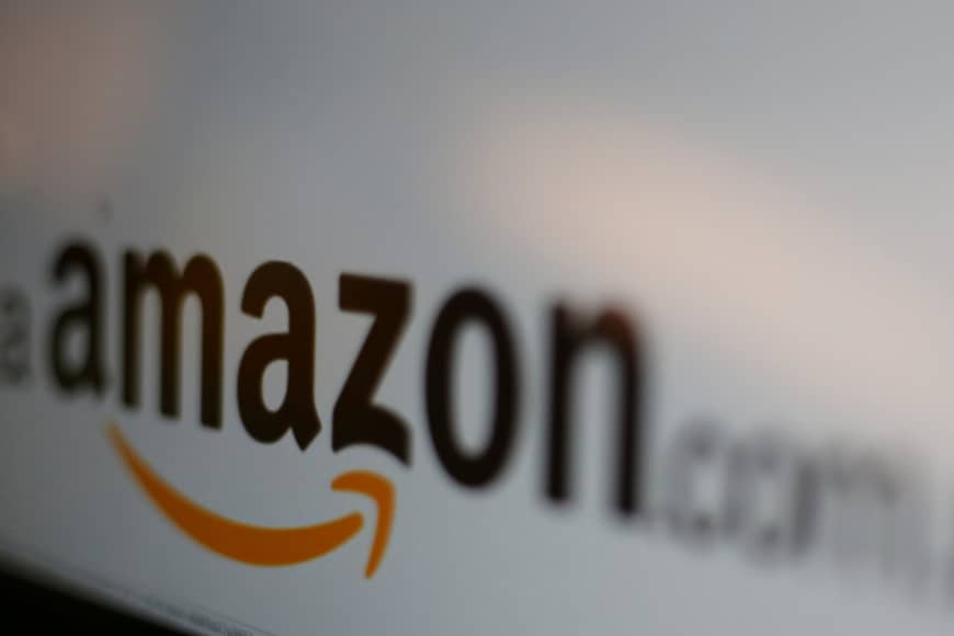 Japan's antitrust watchdog suspects Amazon and other technology giants are using their dominate positions to disadvantage vendors on their e-commerce sites or smartphone apps.   REUTERS
