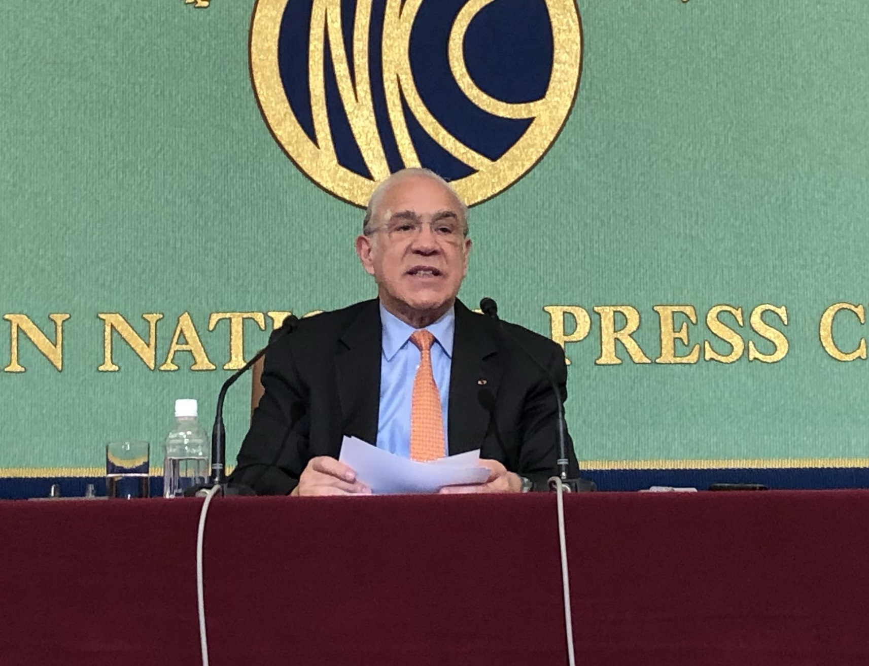 OECD Secretary-General Angel Gurria speaks at a news conference Monday in Tokyo about the organization's biennial Economic Surveys report on Japan. | SATOSHI SUGIYAMA