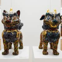 Painted komainu (guardian lion-dog) sculptures by Miwa Komatsu are on display at her current exhibition in Hong Kong. | TATSUYA AZUMA