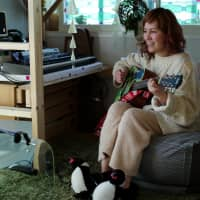 Laura Yokozawa, a professional musician and singer, rents a two-bedroom soundproof apartment in Shibuya operated by Cift, a shared housing project launched in 2017. | RYUSEI TAKAHASHI