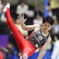Kakeru Tanigawa leads in men's all-around event; King Kohei fails to qualify for final