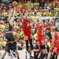 Jets oust Brex to clinch Championship berth