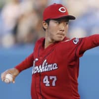 Carp rookie Sho Yamaguchi shines in first start as Swallows drop 14th straight