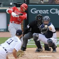 Angels' Shohei Ohtani gets first two hits of season in rout of Tigers