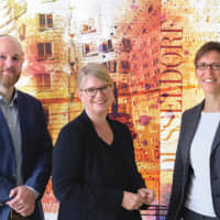 Benjamin Leonhardt (left) and Sabine Heber (right), Senior Project Managers of the Japan Desk; Annette Klerks (center), Department Head of the International Business Services