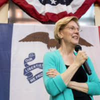 Democratic 2020 presidential candidate Elizabeth Warren makes one of a series of local visits in Fairfield, Iowa, May 26. | REUTERS