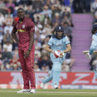 All-rounder Carlos Brathwaite reprimanded for showing dissent to umpire's decision