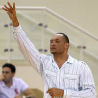 Former NBA forward Brian Rowsom, seen calling a play in a 2012 file photo, takes over as the San-en NeoPhoenix's new head coach. | CC BY-SA 2.0