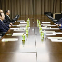 Japanese baseball legend Sadaharu Oh (left) and other members of the Expert Committee to Contemplate the Future Succession of Sumo meet on Friday at Ryogoku Kokugikan. | KYODO
