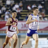 Clay Allon Tatsunami (82) triumphs in the men's 800-meter final at nationals on Friday night. | KYODO