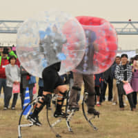 The Superhuman Sports Project at KMD aims to remove barriers caused by age and physical and cognitive abilities. | KEIO UNIVERSITY