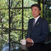 Sekisui House Ltd. Chairman and Representative Director Toshinori Abe says the housing giant is committed to reducing carbon dioxide emissions. | YOSHIAKI MIURA