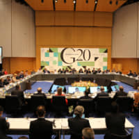 Thirty-four representatives discussed issues regarding agriculture during  the G20 Niigata Agriculture Ministers' Meeting  at Toki Messe, Niigata, on May 11 and 12.