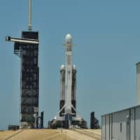 SpaceX astronaut mission looking 'increasingly difficult' in 2019