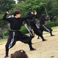 In action: John Patrick Janderosa performs at Nagoya Castle. He plays a character named Satori, who was also born in the United States. | @AICHI-NAGOYA