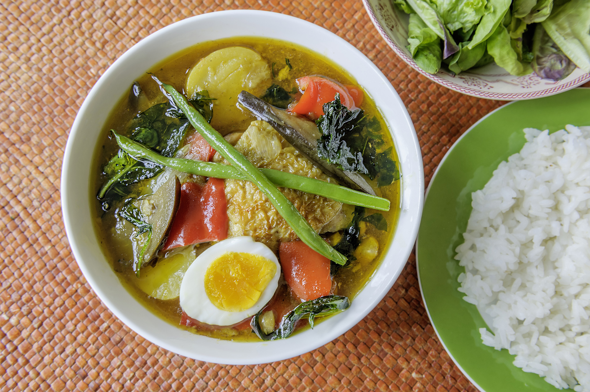 Veggies and spice and everything nice: According to legend, soup curry was invented when a customer at Ajanta, a restaurant in Sapporo, suggested combining the shop's yakuzen (medicinal Chinese) soup with curry. | MAKIKO ITOH