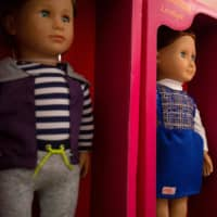 Dolls made in China are displayed at a store in Washington on Thursday.   AFP-JIJI