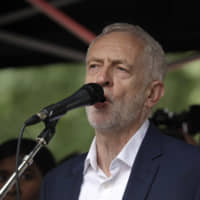Labour chief Jeremy Corbyn seeks support to form caretaker government to block 'no-deal' Brexit