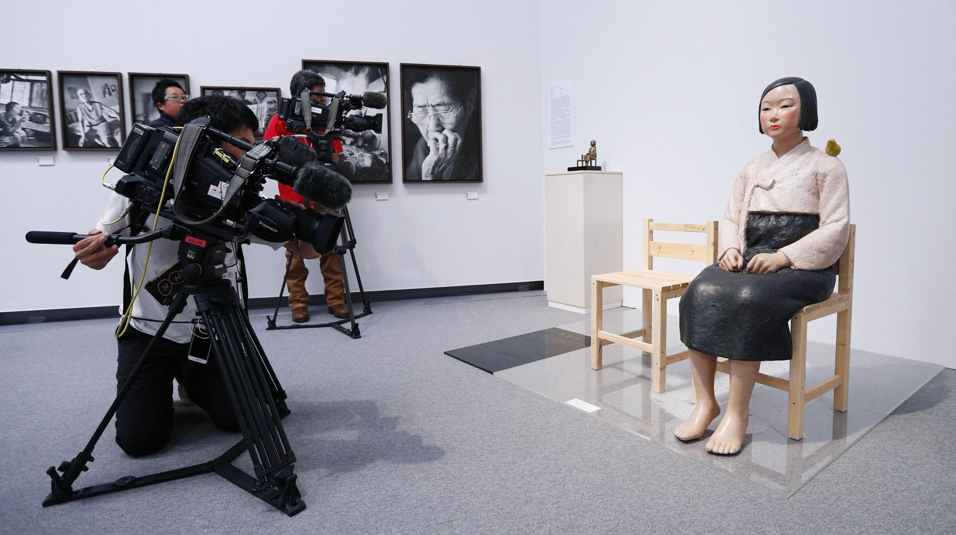 A section of the Aichi Triennale 2019 art festival in Nagoya featuring the 'Statue of a Girl of Peace' symbolizing wartime 'comfort women' was shut down late Saturday amid heated Japan-South Korea tensions in a move that has stoked freedom of expression concerns. | KYODO