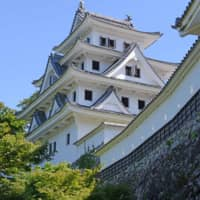 A view of the faithfully reconstructed Gujo Hachiman Castle. | STEPHEN MANSFIELD