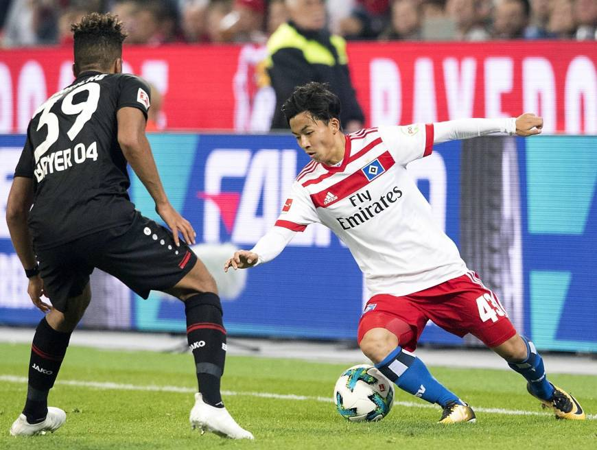 Hamburg SV's Tatsuya Ito, seen in a September 2017 file photo, is transferring from the German club to Belgian first-division side Sint-Truiden.   KYODO