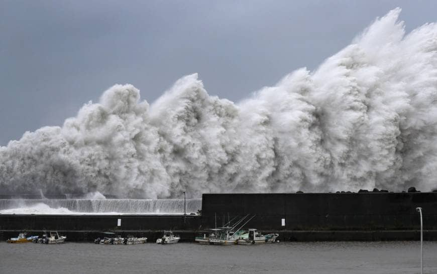 High waves are observed at a fishing port in Aki, Kochi Prefecture, on Tuesday as Typhoon Jebi approaches western Japan. | KYODO