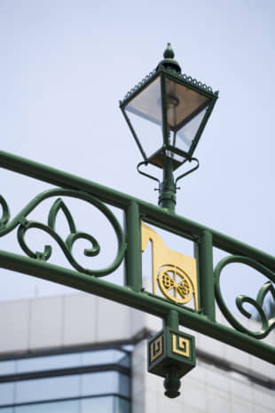 Japan's first gas lamps were installed in the Bashamichi area in Yokohama. | GETTY IMAGES